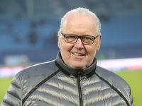 Vorstandsvorsitzender Peter Jackwerth ( FC Ingolstadt 04)  beim Punktspiel in Magdeburg am 07.12.2019