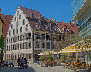 Ehemalige Kronen-Apotheke, Leubehaus, Ulm
