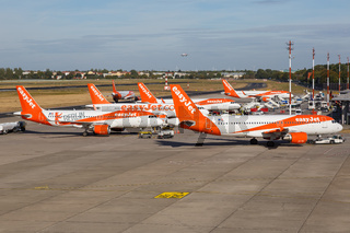 EasyJet Airbus A320 airplanes Berlin-Tegel airport