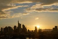 Frankfurt am Main Skyline Silhouette Hintergrund