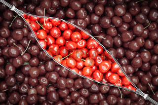 zipper and cherry berry