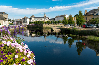 the river Laita and smalltown of Quimperle in southern Brittany