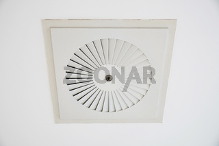 ceiling cassette air conditioner