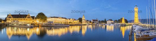 Lindauer Promenade mit Hafeneinfahrt | Leuchtturm (Nachbearbeitet)