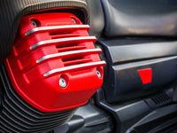Roter Deckel Zylinderkopf eines Motorrades
