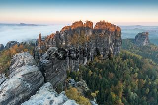 Schrammsteinaussicht Elbsandsteingebirge im Herbst