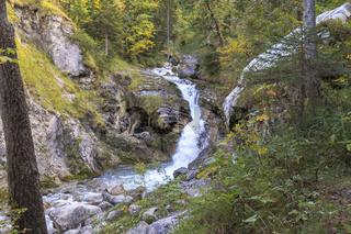 Kuhfluchtwasserfall im Herbst