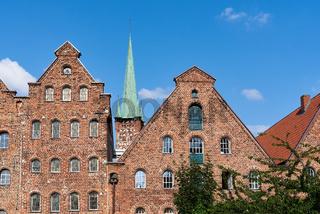 Salzspeicher und Petrikirche, Lübeck, Deutschland