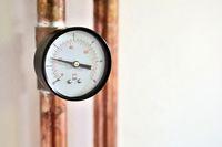 Pressure gauge on pipe