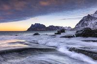 Strand von Uttakleiv auf den Lofoten,