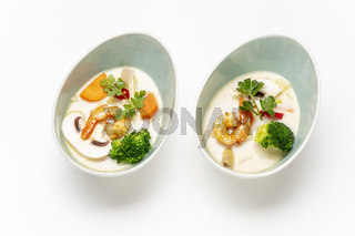 Tom Kha Gai Suppe aus Thailand