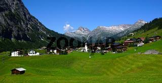 Bergdorf Zug im Lechquellengebirge,