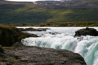 Wasserfall in Ebene