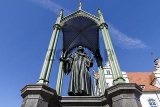 Melanchthondenkmal auf dem Marktplatz in Wittenberg