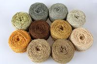 10 Knäule solargefärbte Wolle