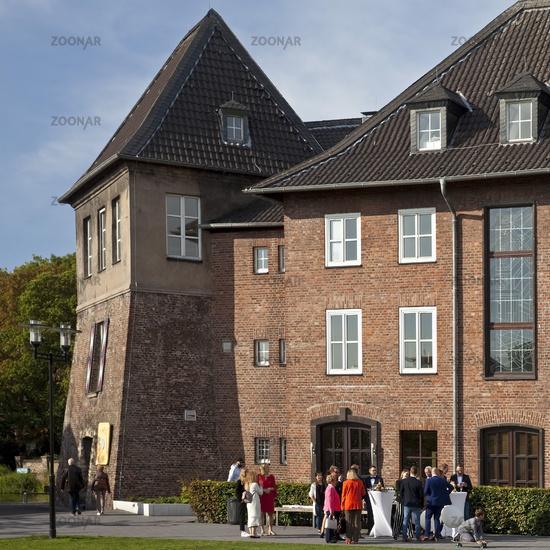 WES_Dinslaken_Rathaus_04.tif