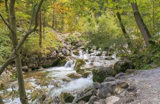 Wildfluss am Königsweg im Herbst
