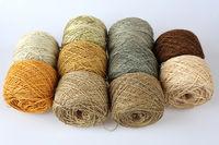 10 Knäule handgefärbte Wolle