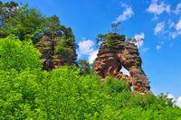 Schillerfelsen im Dahner Felsenland - Schillerfelsen rock in Dahn Rockland, Germany