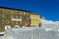 Hotel Bernina im Winter, Berninapass, Engadin, Graubünden, Schweiz