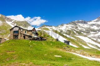 Die Birnlückenhütte bei Prettau im Ahrntal, Südtirol, Italien