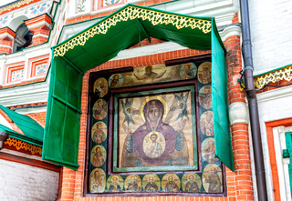 Facade icon on the wall of the Protecting veil Cathedral (late 17th century)