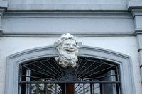 Basel, Weisses Haus, Maske