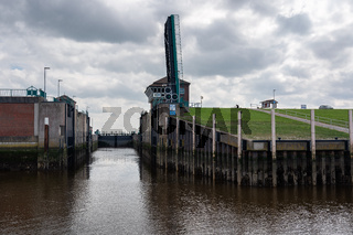 Lock (water navigation) Leysiel.