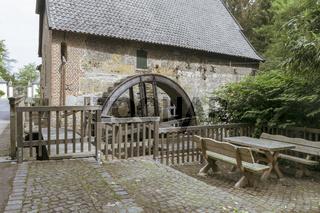 Wassernühle vor Schloss Gartrop bei Hünxe