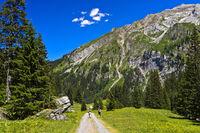 Wandern im Iffigtal, Naturschutzgebiet Gelten-Iffigen, Lenk, Schweiz