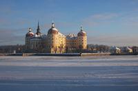 Jagdschloß Moritzburg im Winter1