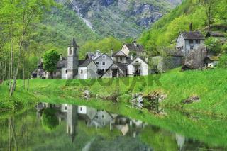 das Dorf Ritorto im Val Bavona,Kanton Tessin,Schweiz
