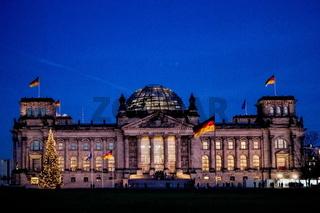 Berlin, Reichstag zu Weihnachten