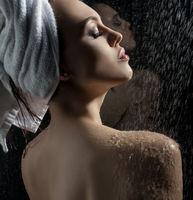 Gorgeous sexy girl shot naked in studio aquazone