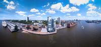 Luftaufnahme von einem Hafenbereich bei Altona in Hamburg