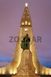 IS_Reykjavik_Kirche_03.tif