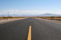 Endlose Straße