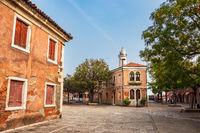 Historische Gebäude auf der Insel Murano bei Venedig in Italien