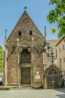 Ulm, Valentinskapelle am Münsterplatz