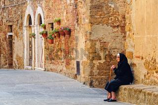 Alone with memories - Castelmuzio