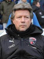 Cheftrainer Jeff Saibene ( FC Ingolstadt 04 beim Punktspiel in Magdeburg am 07.12.2019