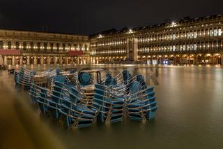 Hochwasser, Acqua Alta, auf dem Markusplatz in Venedig am 12. November 2019
