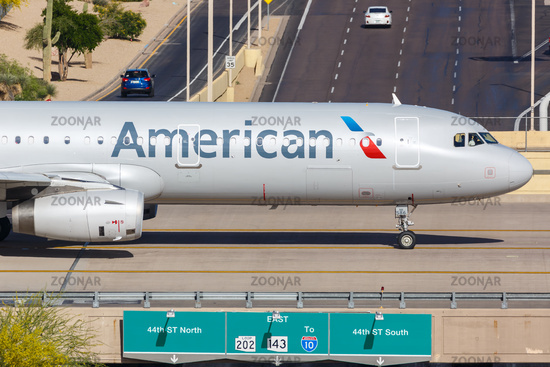 American Airlines Airbus A321 airplane Phoenix airport