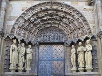 Trier - Liebfrauenkirche, Eingangsportal, Deutschland