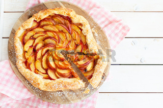 Peach Pie mit Blaetterteig