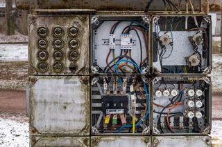 alte elektrische Anlage DDR SNV Verteilung