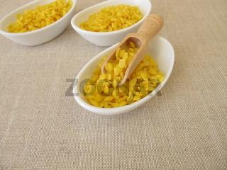 Reine Bienenwachs-Pastillen für Naturkosmetik, Kerzen oder Bienenwachstücher