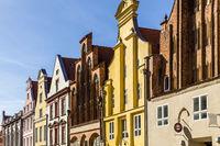 Giebelhäuser mit Dielenhhaus in der Altstadt, Stralsund, Deutschland, old gabled houses. Stralsund, Germany
