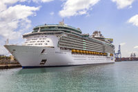 The royal caribbean ship Independence of the seas