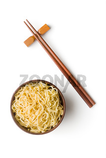 Cooked chinese instant noodles.